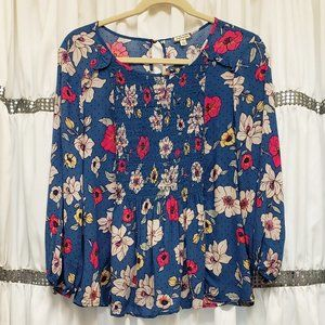 Eyeshadow Blue Floral Smocked 3/4 Keyhole LS Top L